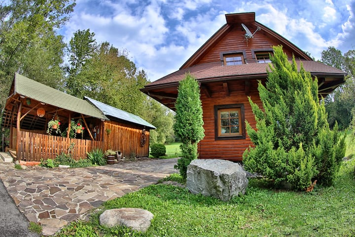 Cosy secluded cottage in Western Tatras