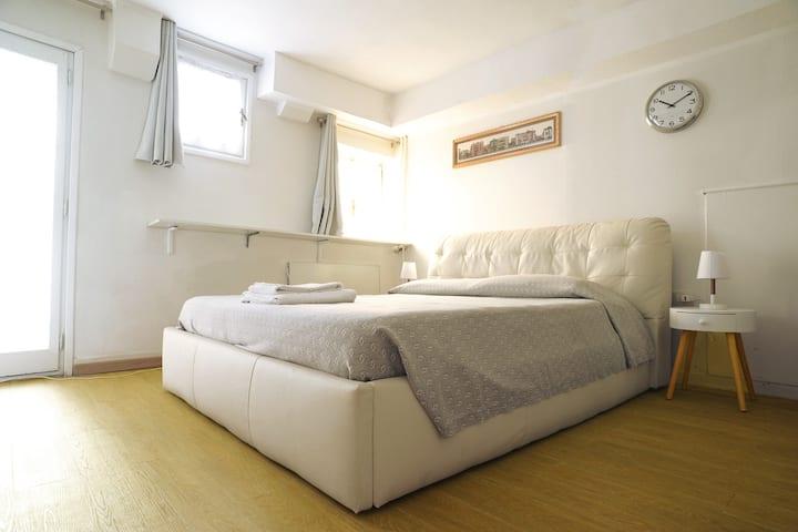 Central cozy Studio near San Polo and Rialto