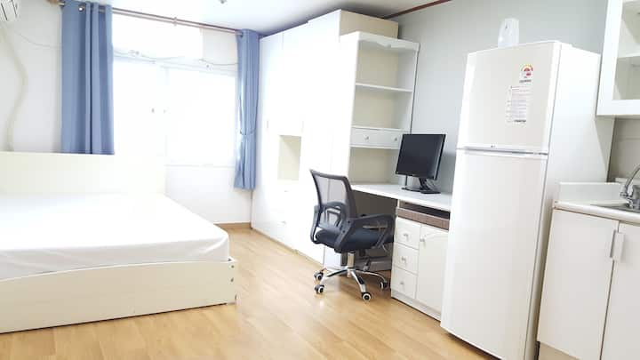 수원중심지, 교통이 편리한, Suwon-si Studio