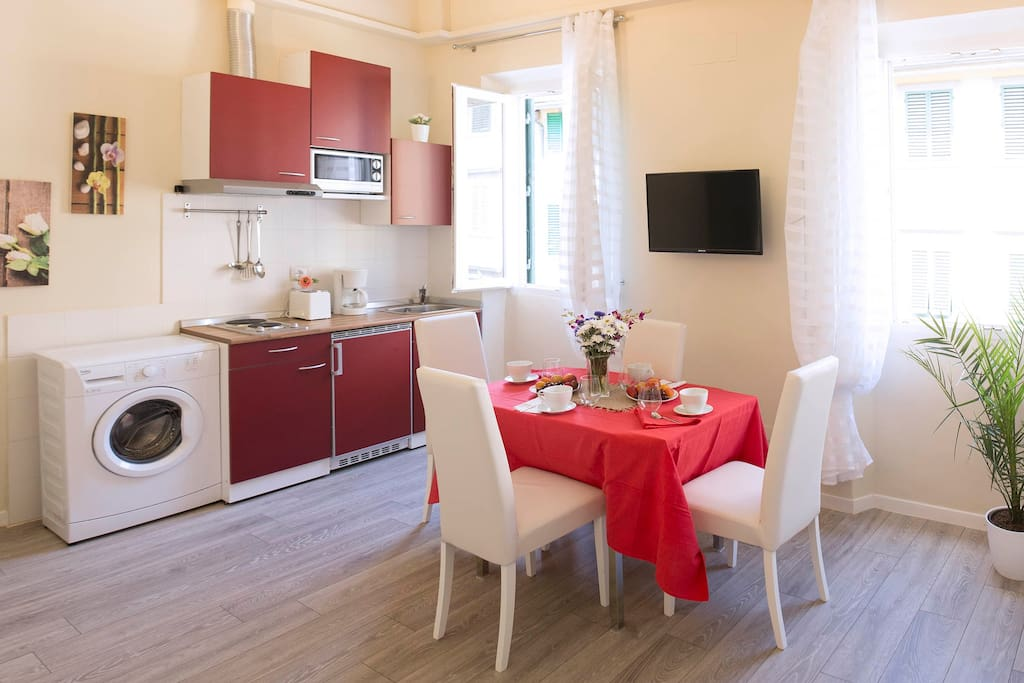 KITCHENETTE 1 with LIVING AREA.