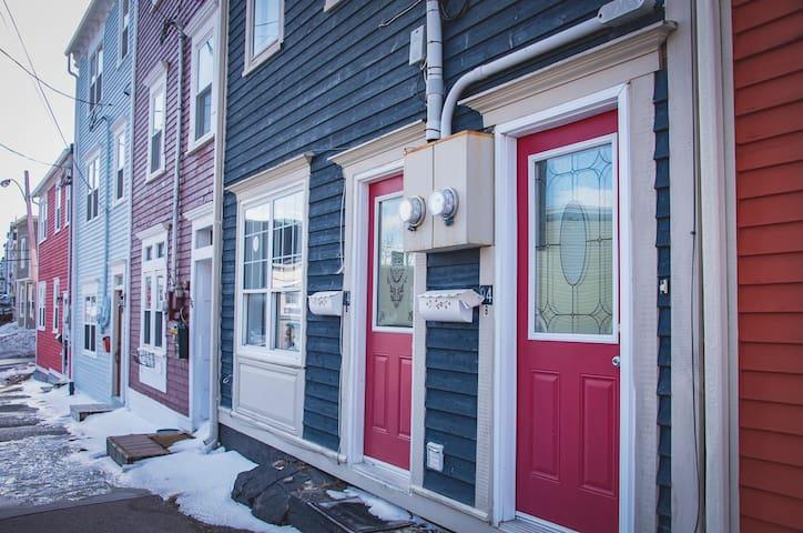 Jellybean Delight! Stunning 2B Historic Home