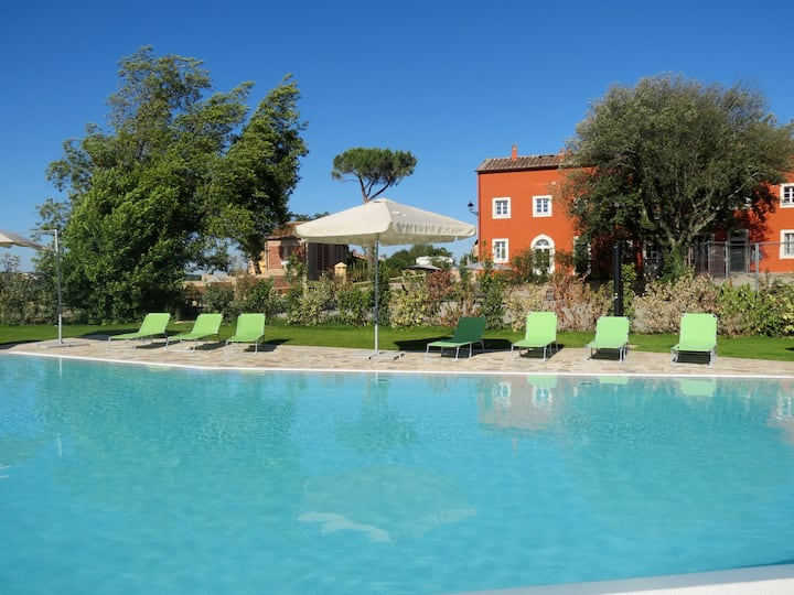 Lovely apartment in the Tuscan hills-Graziani apt