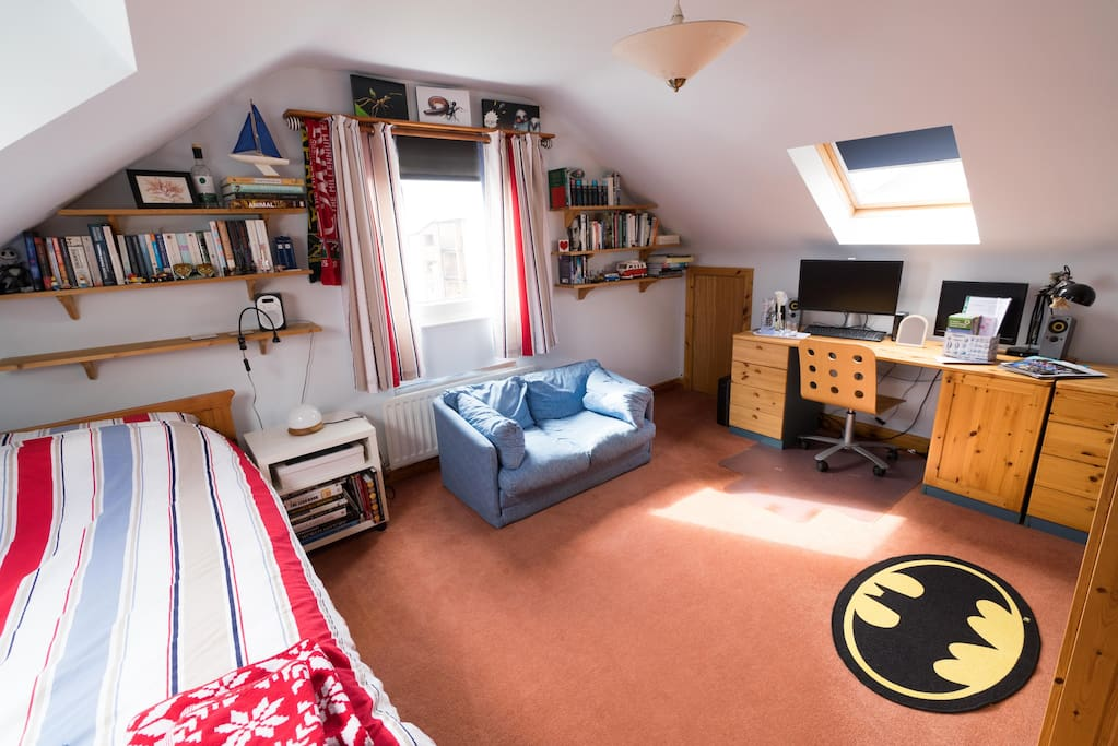 Guest bedroom is suitable for single or double use & overlooks the garden