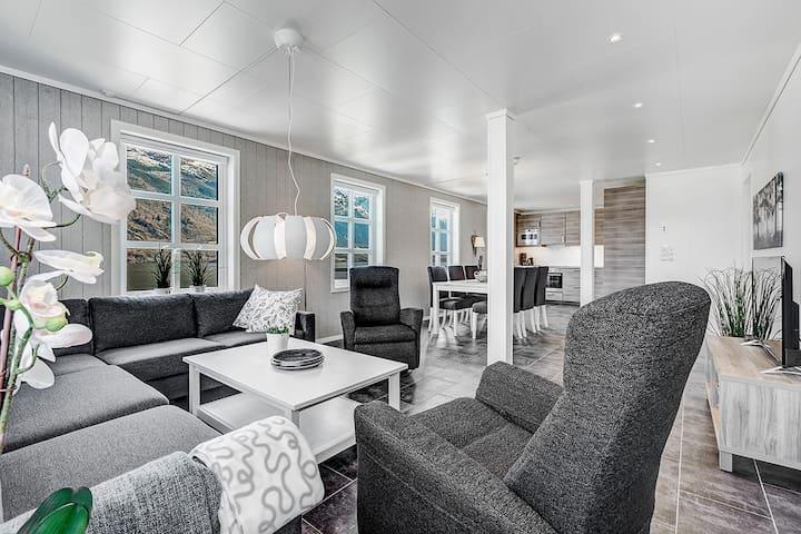 Flott leilighet midt i Hardanger -A - Nå - Apartment