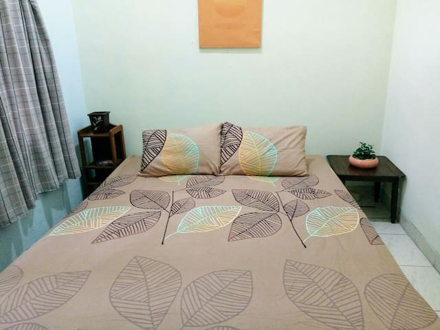 Eleven-A Guest House (male) in Central Malang