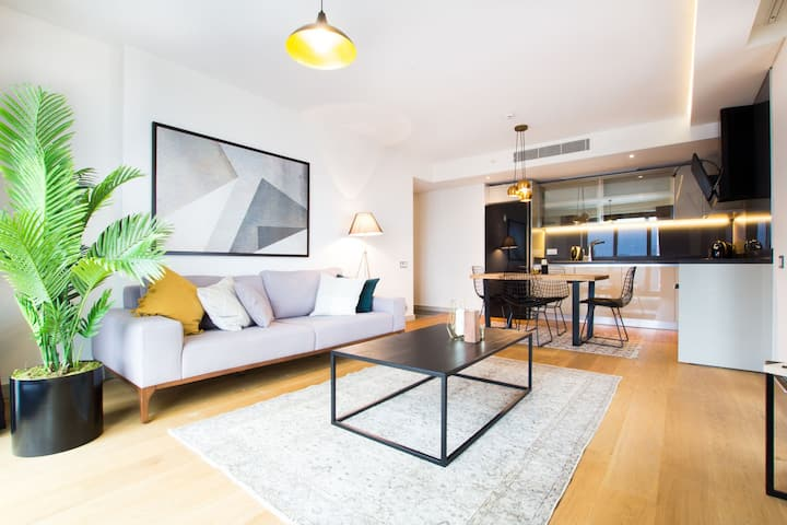 Stunning Besiktas 2BR with a Private Sea View Terrace