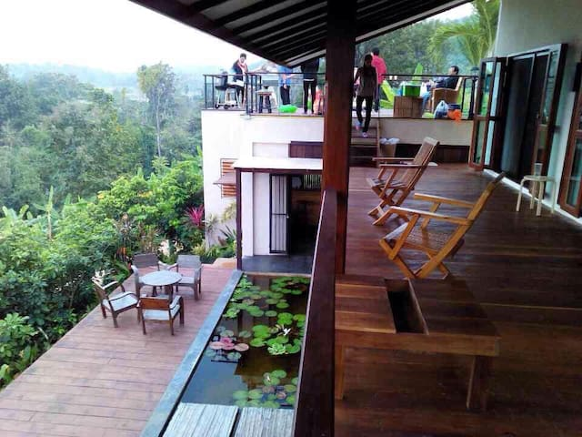 3 Bedroom Mountainside Paradise - Tambon Mae Raem - Dom