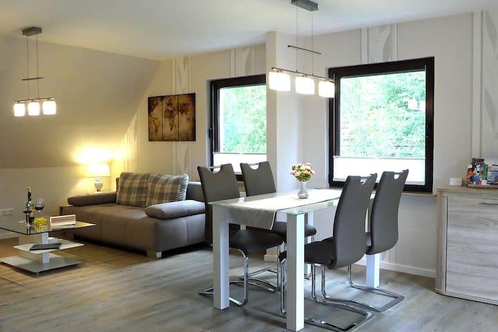 luxuriöse 60m² Wohnung + 12m² Balkonterrasse