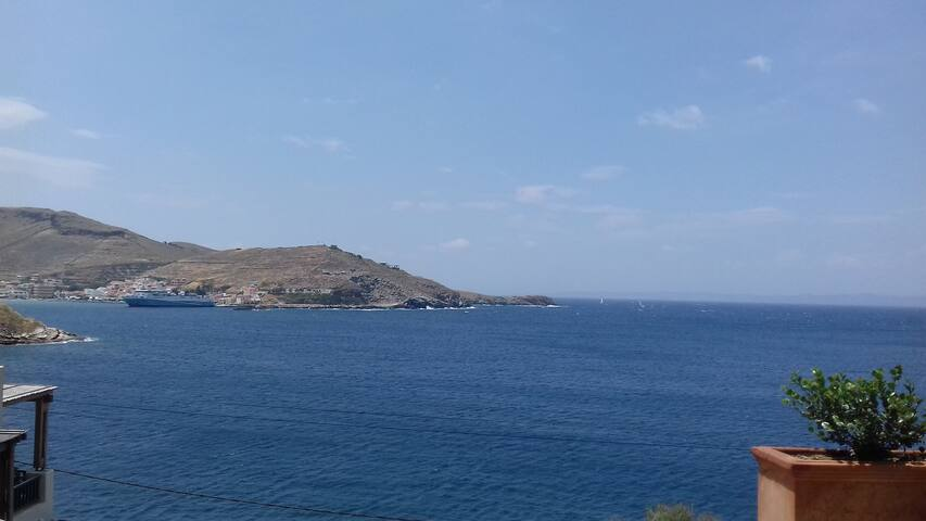 Amazing Seafront Apt-Gialiskari beach-Kea-Cyclades