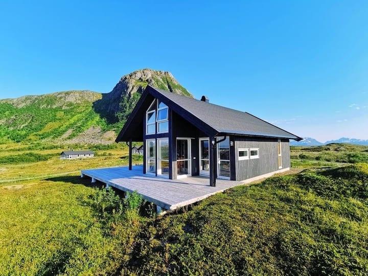 Nydelige Hov på Gimsøy i Lofoten
