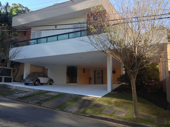 HIGH STANDARD RESIDENCE IN CONDOM FOR RENT