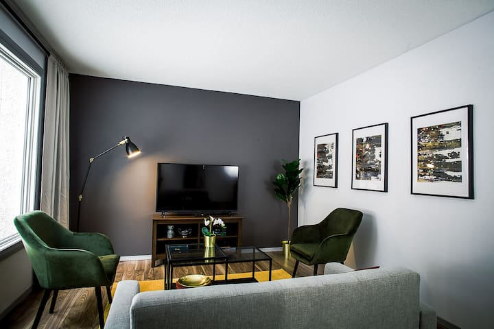 ▣Home near→Whyte Ave, U of A, Southgate & LRT