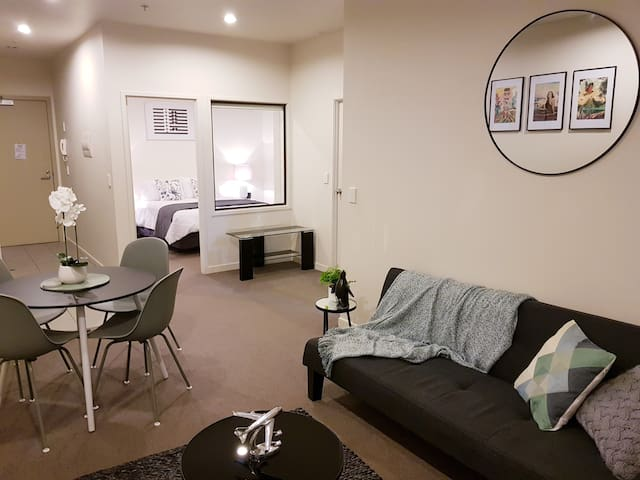 Rotorua Central City Apartment **GYM & WIFI incl**