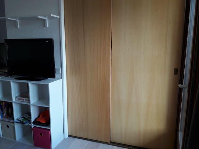 chambre cloison fermée