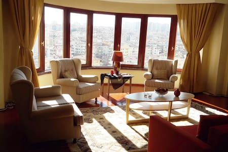 Bright spacious cozy safe apartment and nice view - Çankaya - Wohnung
