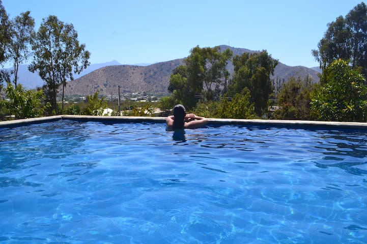 Cabaña Parcela piscina descanso familiar para 4 P