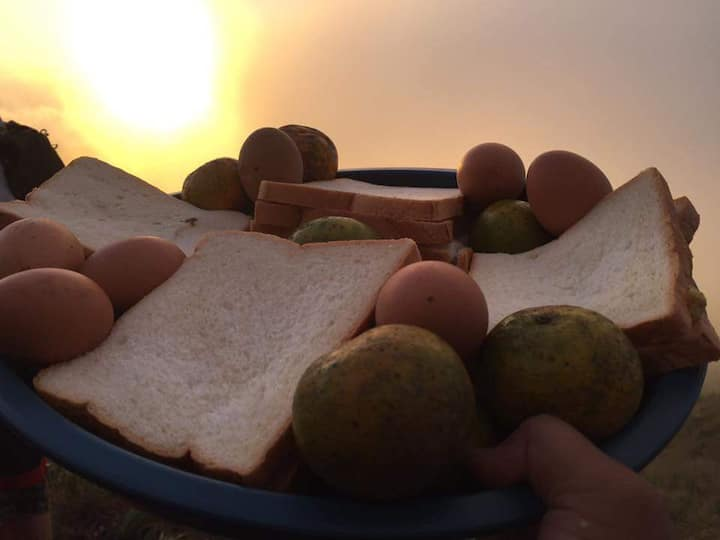 Simple breakfast on top of caldera