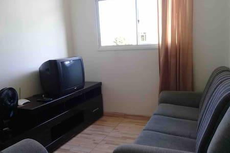 Apartamento Semi-Mobiliado 2 quartos Curitiba.
