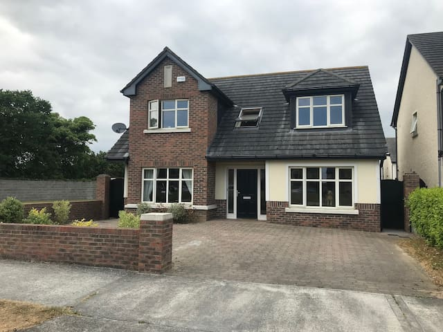 Family home available for Fleadh!