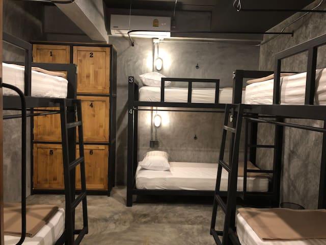 Blackjack Bar and Hostel Shared Room Bed 3