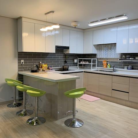 #아파트전체#단체#광주 월봉게스트하우스(남부대학교 인근) Sanwol Guesthouse