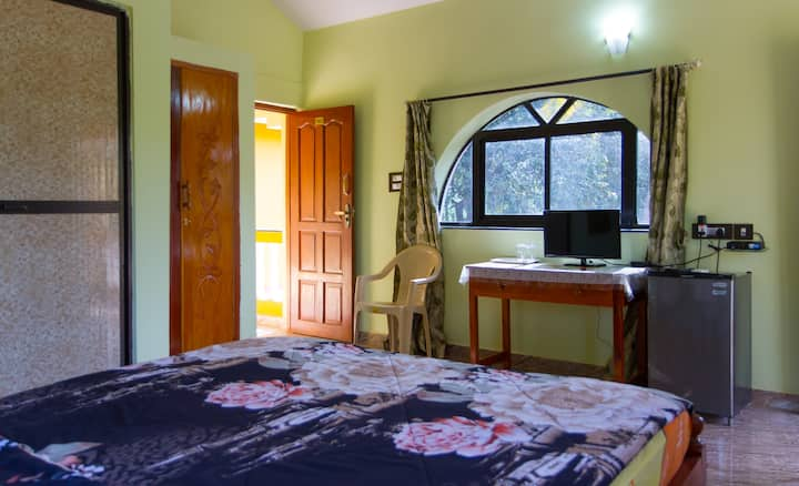 Luxury stay for travellers (104)