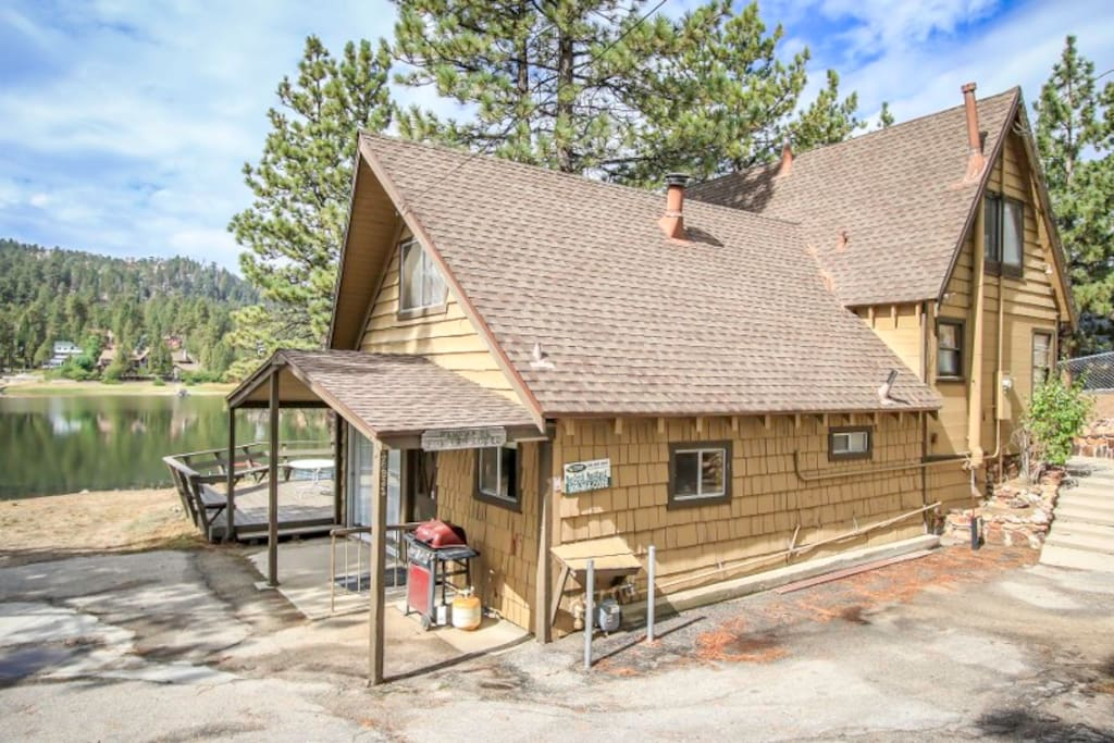2b lakefront private boat dock cabins for rent in big for Cabins for rent in big bear lake ca
