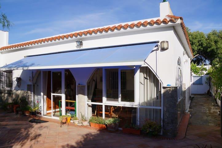 Casa de campo and pool - Barbate - House