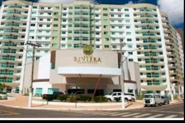 Flat Riviera 4 adultos + 1 criança