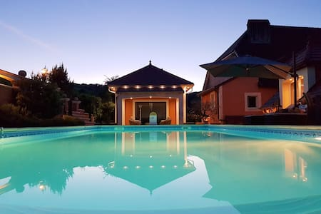 Superbe apt avec piscine & terrasse