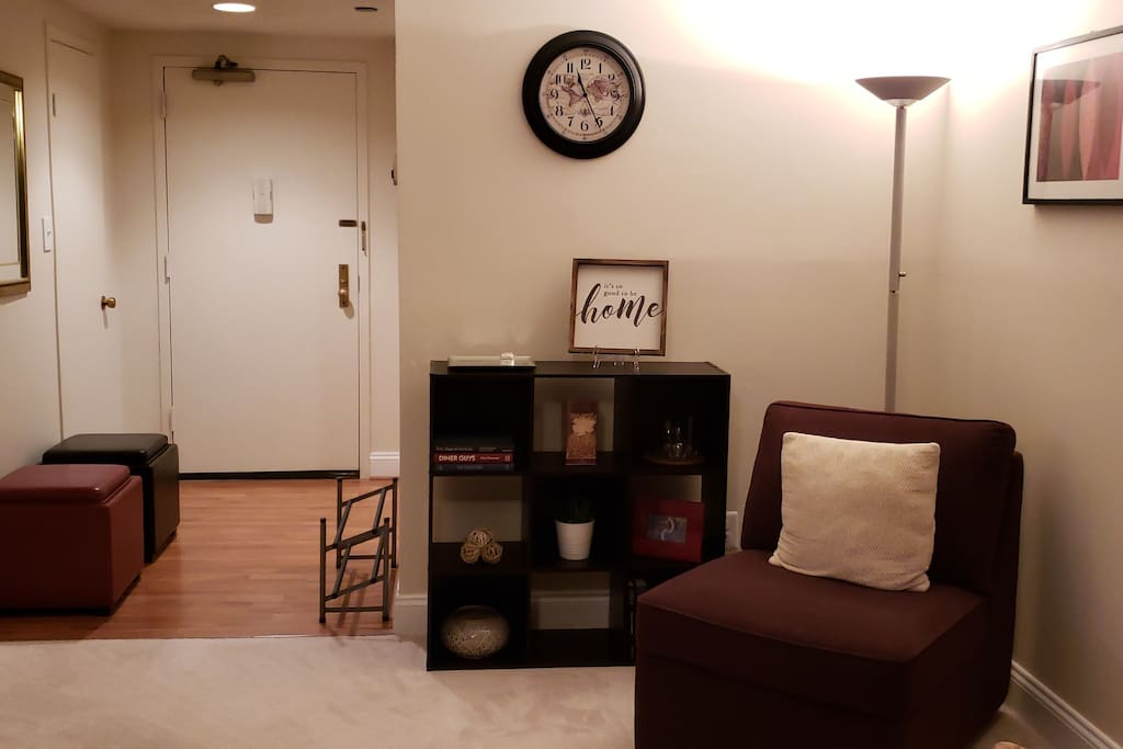 Entry way and reading nook