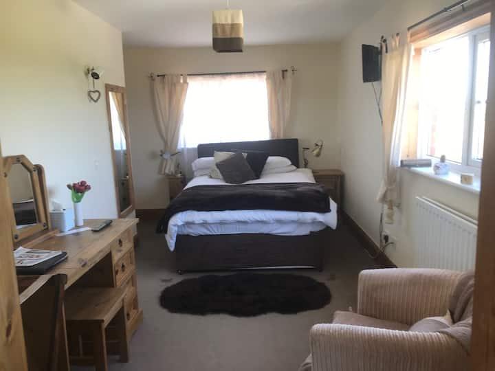 Togstonhallfarmhouse Room1