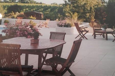 Villa près Bordeaux et St émilion - Loupes - House