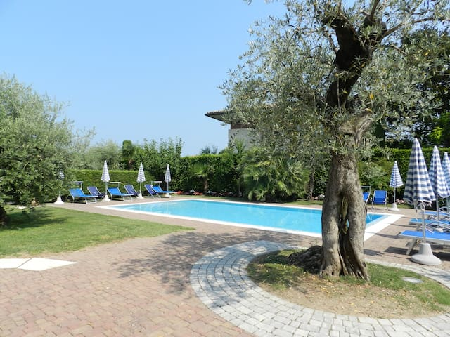 ALLEGRA  - studio with pool, garden, wifi, airco