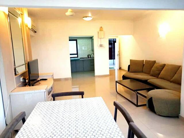 Fiq's guesthouse @ Sri Sayang