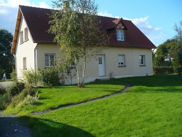 Maison entre Amiens et la côte picarde - Ailly-le-Haut-Clocher