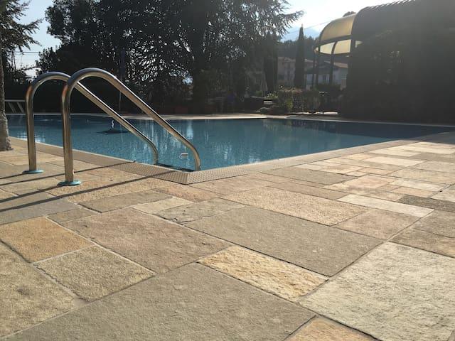 Villa Eden jacuzzi pool & private parking