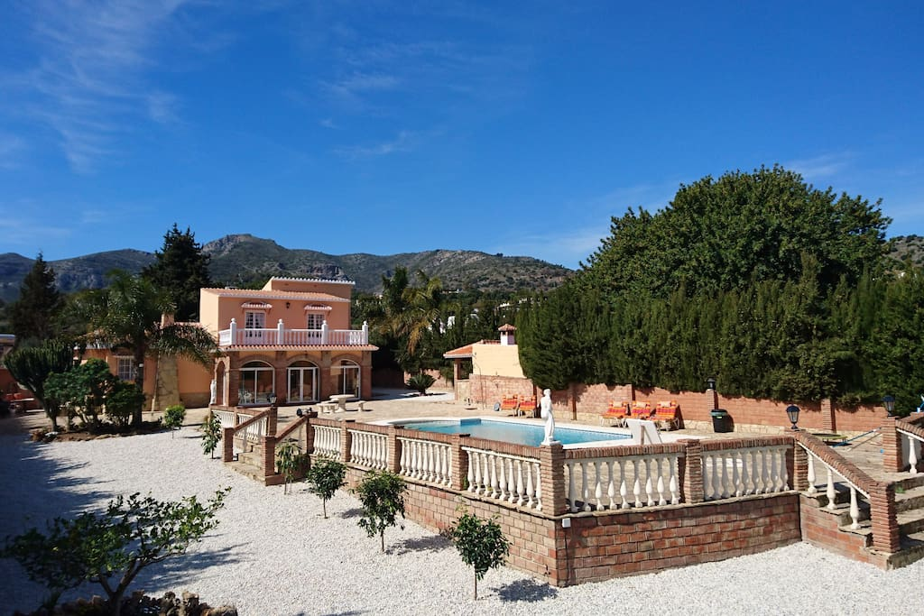 Surrounded by enchanting Andalusian nature. Very private, not overlooked by neighbors.