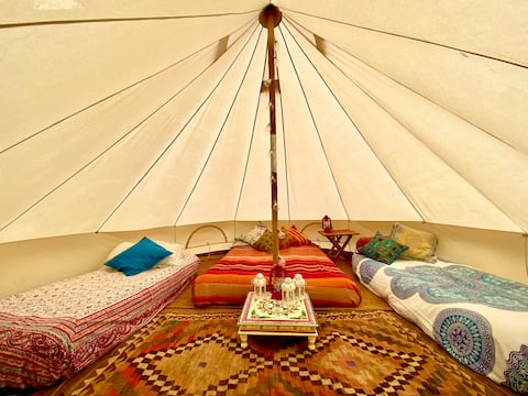 Glamping Hideaway with Yoga Studio & Treehouse