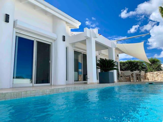 Private Studio at Luxury Villa with Pool