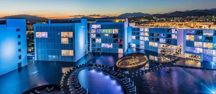 VICEROY HOTEL / STUNNING LOS CABOS  PH