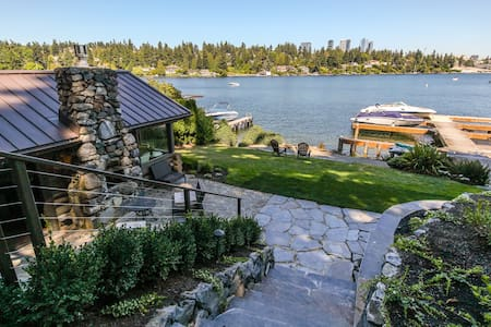 Seattle Bellevue modern waterfront log cabin for two