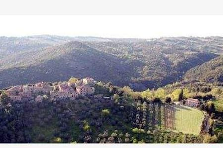 Low Cost Holidays in the Heart of Tuscany! - Murlo - アパート