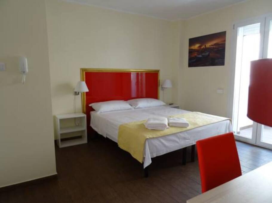 Camera da letto matrimoniale o dopia con due letti separati