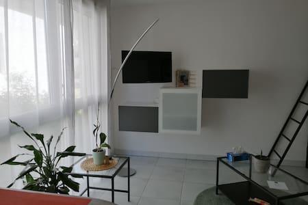 Studio Hopitaux-Facultés + pkg sécurisé