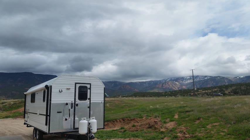 The next big idea! Sheep camp on a sheep farm! - Cedar City - Camping-car/caravane