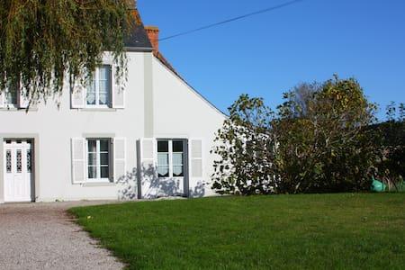 Demie-maison de village en bord de mer - Quinéville - Dom