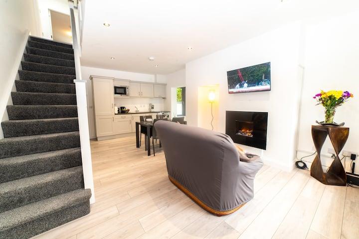 Kinvara House - New Modern Home on Muckross Road