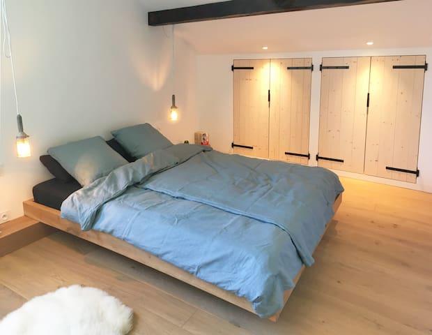 Schlafzimmer I (Etage)