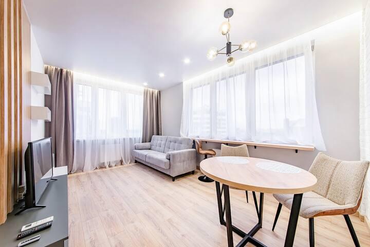 Апартаменты с кондиционером и отдельной спальней, Маяк - Минска